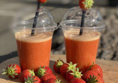 Aardbeien smoothie (mix van aardbeien, banaan & verse jus d'orange)